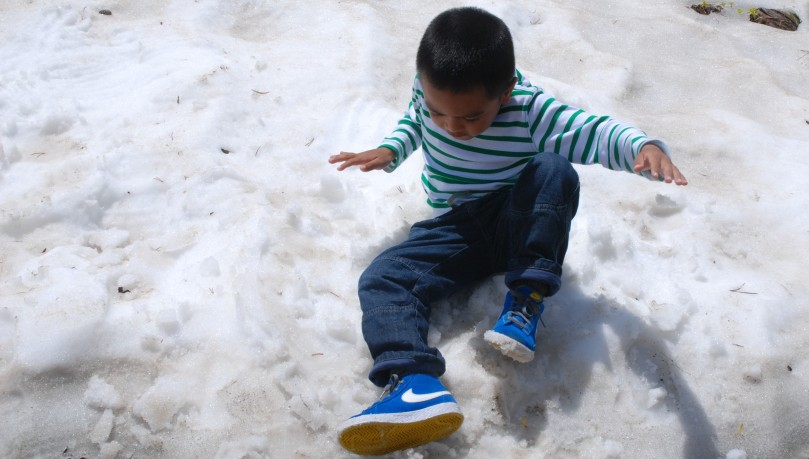 This was Joaquin's first time to touch snow.